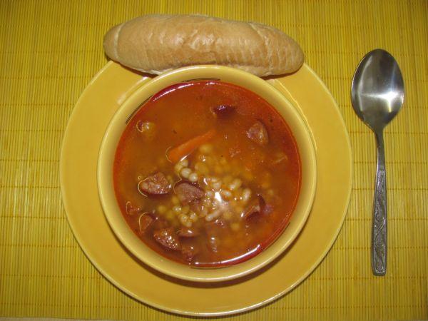 Málo pracná fazuľová polievka |