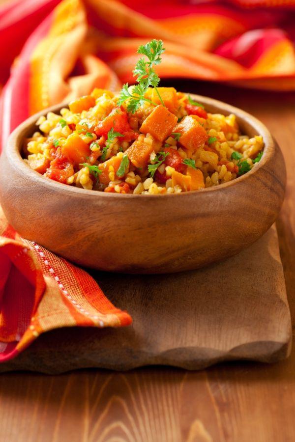 Kurací šalát z bulguru a zeleniny |