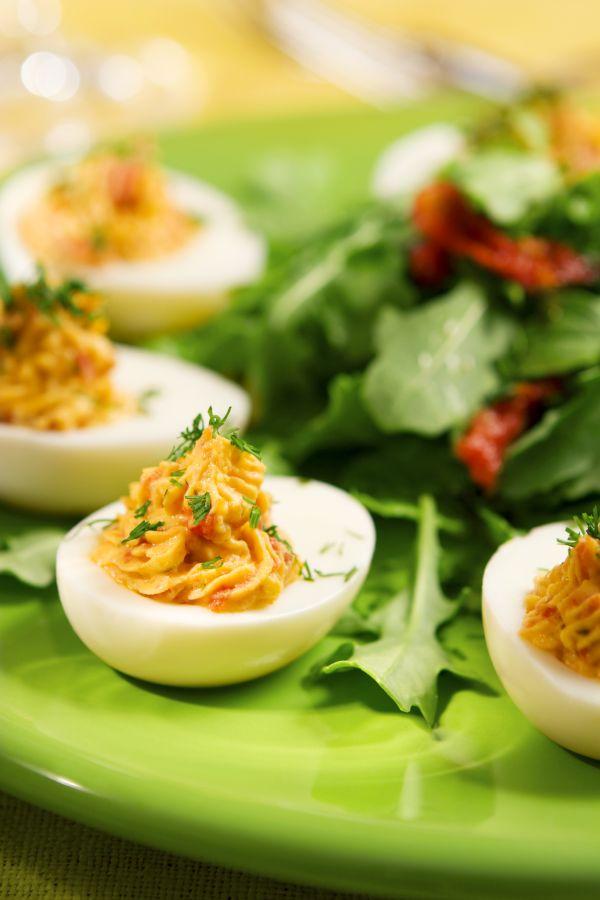 Plnené vajcia horčicovou plnkou  