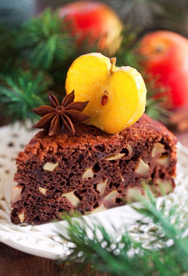 Čokoládový koláč s jablkami a orieškami |