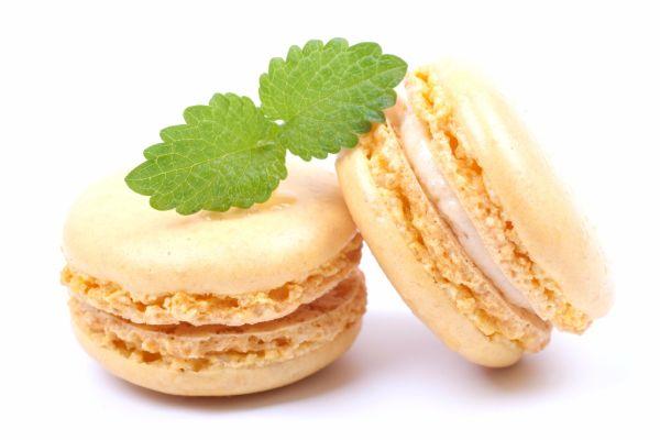 Makrónky s vanilkovým krémom |