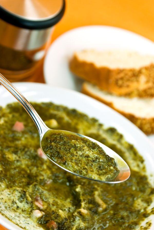 Kelová polievka s hubami |