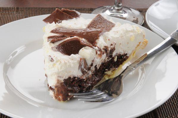 Čokoládové rezy so šľahačkou |