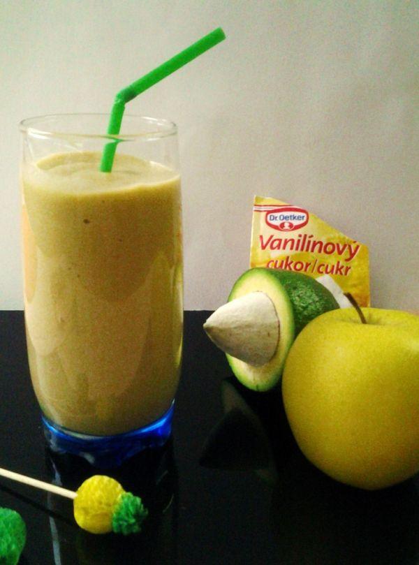 Jablkové smoothie s avokádom |