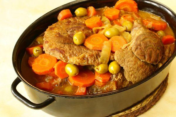 Dusené hovädzie mäso na zelenine |