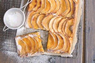 Jablkové řezy frangipane