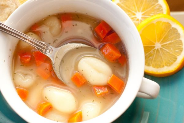 Zemiaková polievka s haluškami a vajcom |