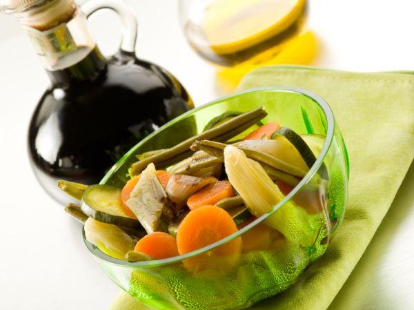 Miešaný šalát z varenej zeleniny |