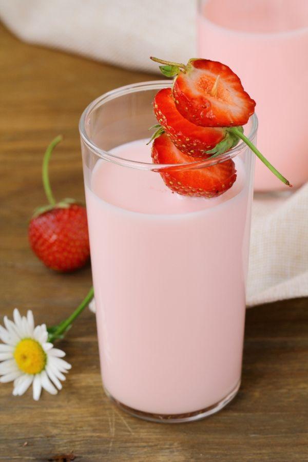 Jahodové acidofilné mlieko |