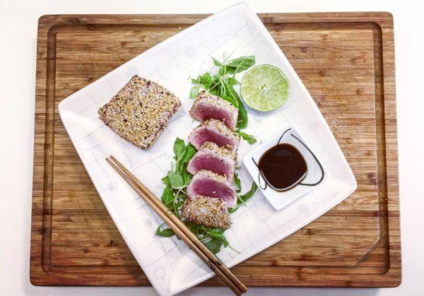 videorecept: sezamový steak z tuniaka |