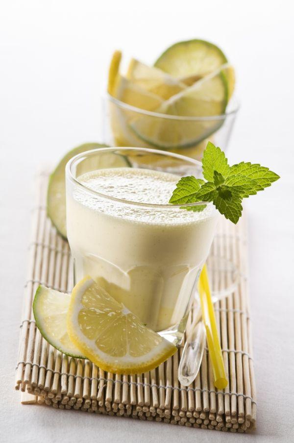 Mliečny citrónový koktail |