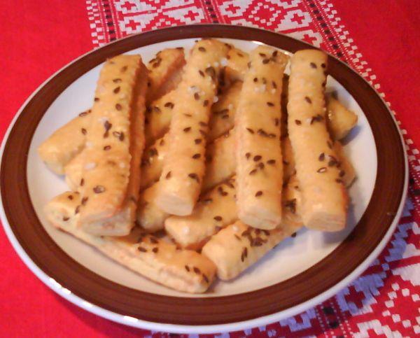 Chrumkavé korenené syrové tyčinky |