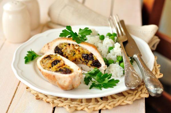 Ryža s kurčaťom a vlašskými orechami |