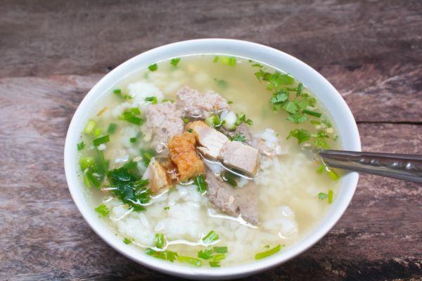 Pečeňová polievka s ryžou |