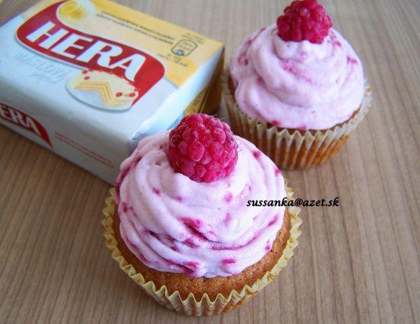 Cupcakes s tvarohovo-malinovým krémom |