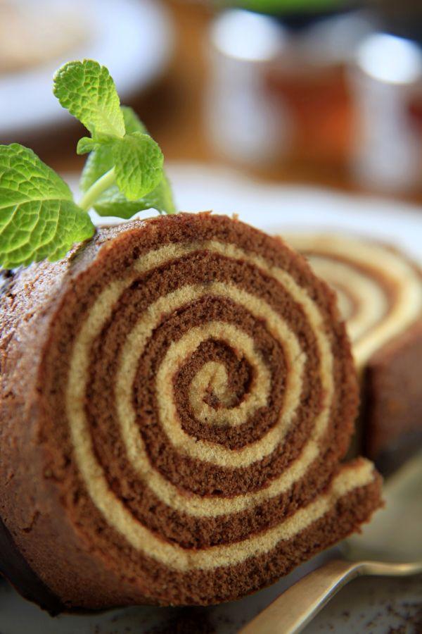 Kakaová roláda s orechovou plnkou |