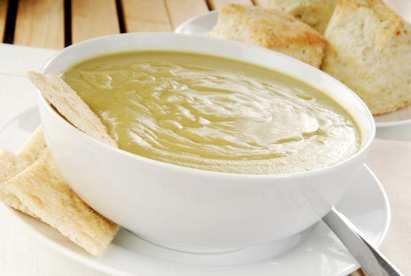 Mixovaná polievka z hrášku krémová |