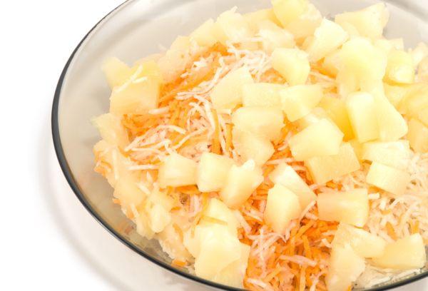 Mrkvový šalát s ananásom  