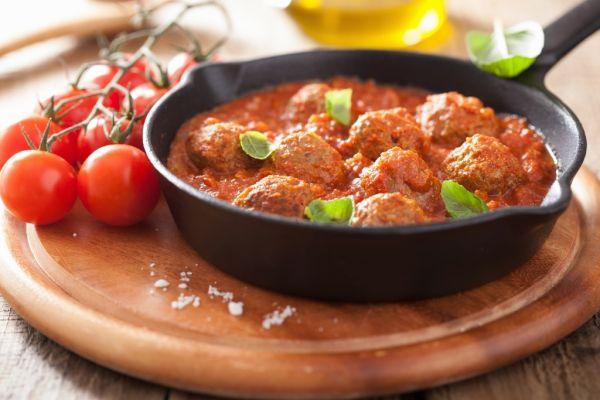 Mäsové guľky v paradajkovej omáčke |