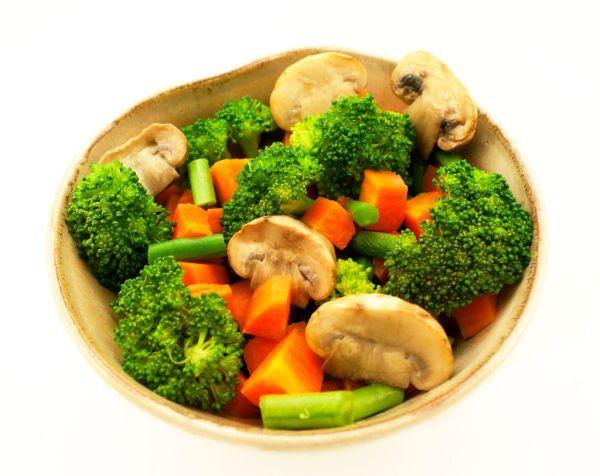 Dusená brokolica so šampiňónmi |