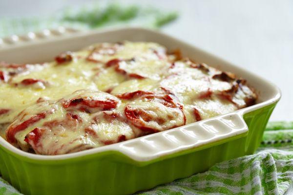 Rezne zapečené so slaninou, syrom a smotanou |
