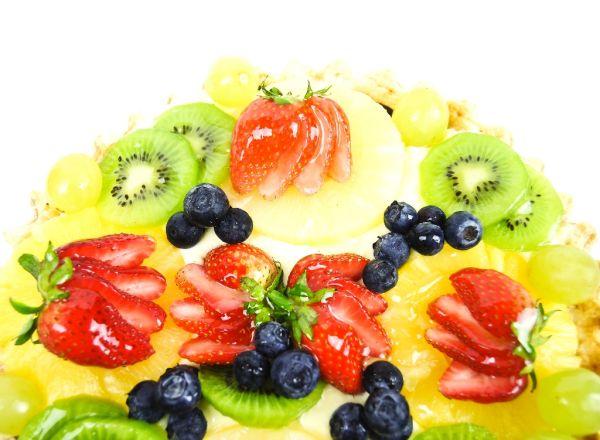 Krémová torta s ovocím |