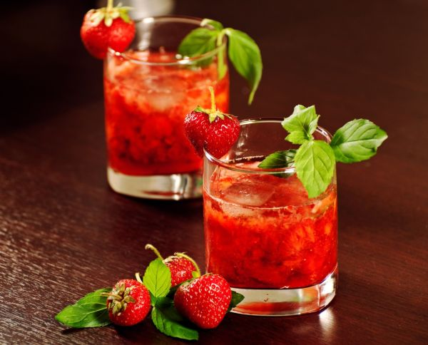 Svieži jahodový drink |