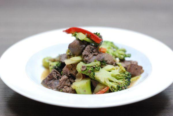 Kuracia pečienka s brokolicou |
