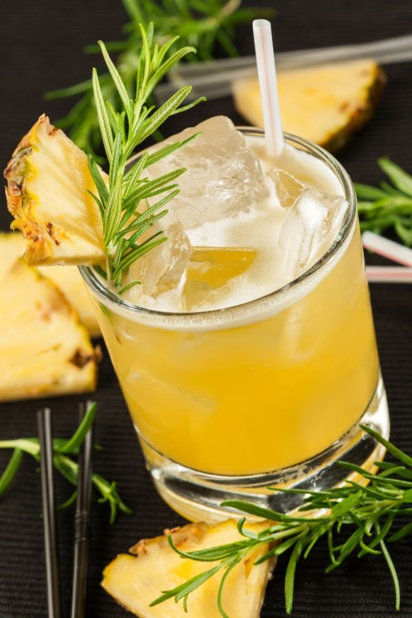 Ananásový drink |