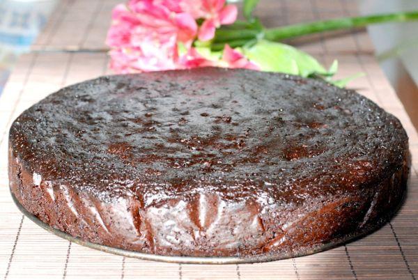 Šťavnatá špaldová brownies torta |