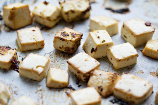 Pečené tofu s tymiánom |