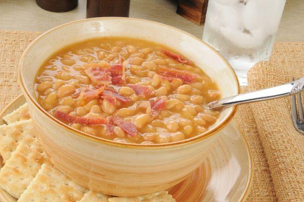 Kyslá fazuľová polievka |