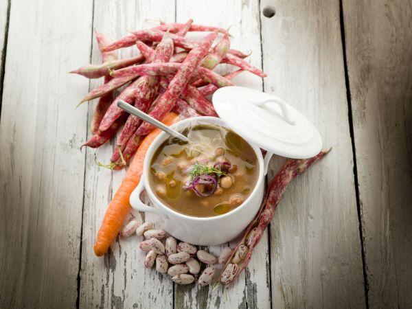 Talianska fazuľová polievka |