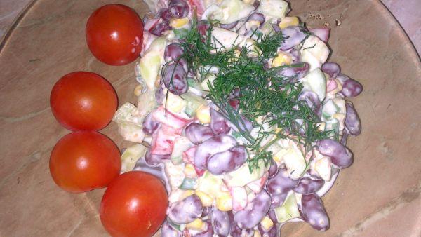 Zeleninový šalát s fazuľou |