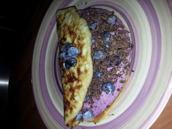 Fit omeleta plnená ovocným tvarohom |
