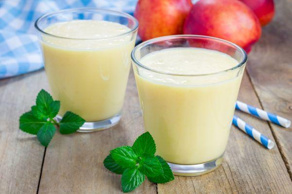 Jogurtové smoothie z broskyne |