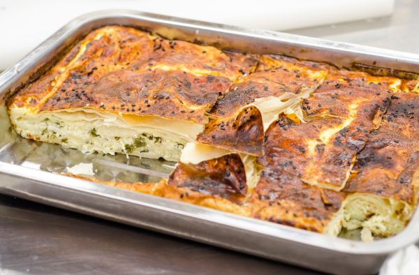 Turecký syrový koláč borek |