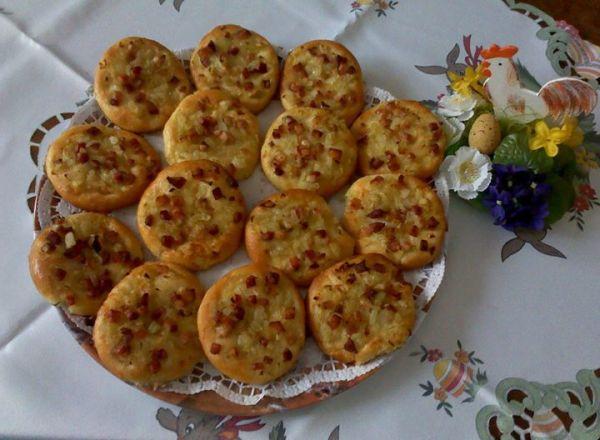 Slaninovo-cibuľové koláčiky |