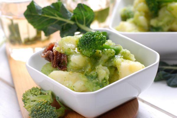 Brokolica so zemiakovou kašou |
