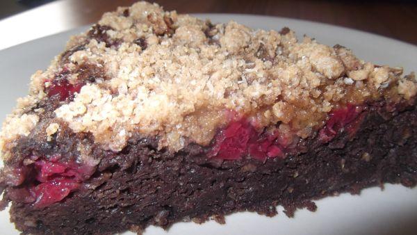 Jablkovo-čerešňový koláč zo špaldovej múky ...