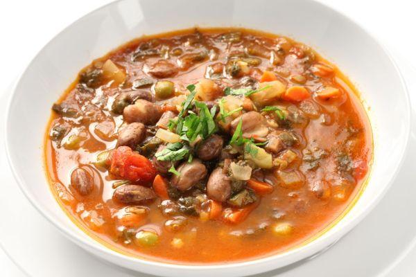 Talianska zeleninová polievka (minestrone) |