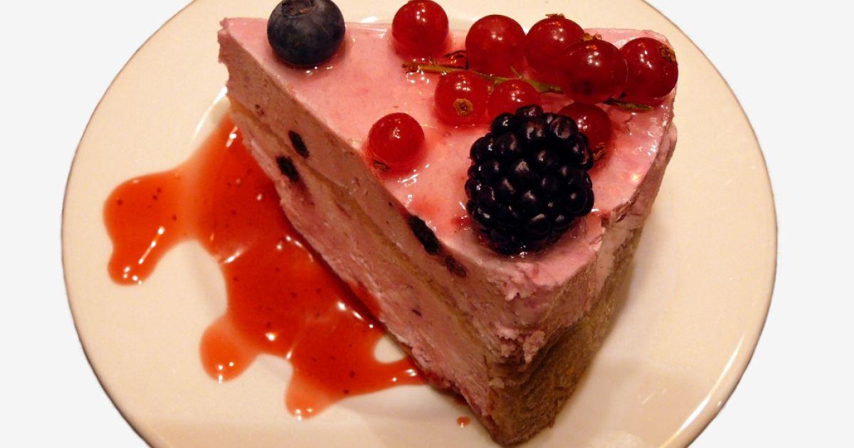 Osviežujúca letná jogurtová torta, fotogaléria 1 / 1.