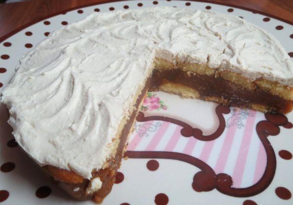 Nepečený jablkový koláč bez múky |