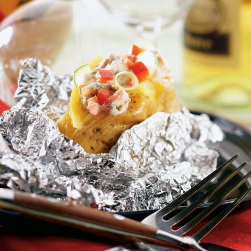 Pečené zemiaky s plnkou z tuniaka |