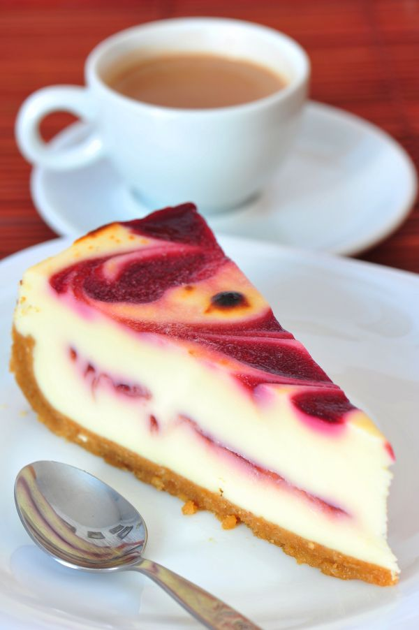 Cheesecake s malinovým pyré |