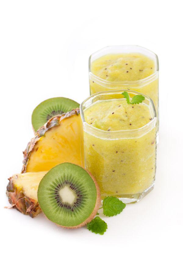 Smoothie kiwi-ananás |