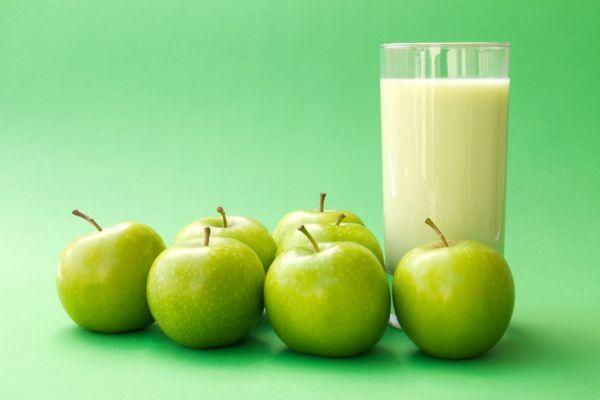 Jablkový koktail s nanukom |