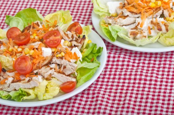 Zeleninový šalát s hydinovým mäsom |