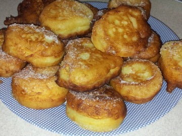 Tvarohové koblížky ve skořicovém cukru  Recepty na každý den