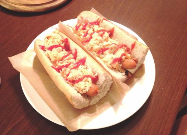 Hot dog na kolumbijský spôsob  Perro caliente Colombiano ...